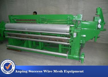 Cina 1/2 '' Welded Wire Mesh Membuat Mesin / Peralatan Wire Mesh Low Noise Distributor